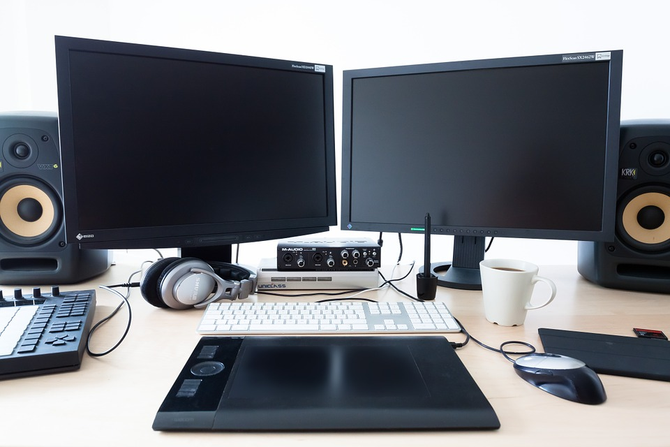 Grab Boxing Day Computers & Laptops Deals, Sales, Discounts
