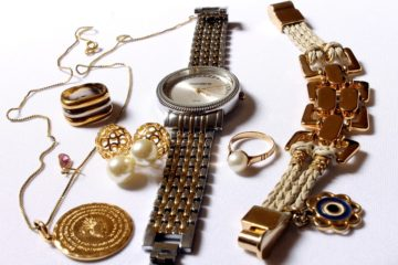 Boxing Day Jewelry Sales & Deals